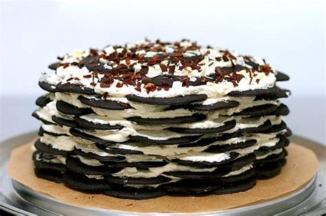 Chocolate chip sour cream coffee cake. icebox cake | smitten kitchen