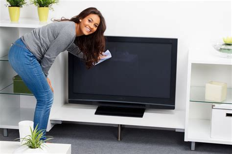 cleaning tv screen how to clean a flat screen tv ebay