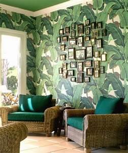 100 ideen fur wandgestaltung in grun archzinenet With balkon teppich mit tapete mit blättern