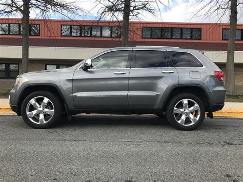2012 Jeep Cherokee Overland. Quick Drive 2012 Jeep Grand