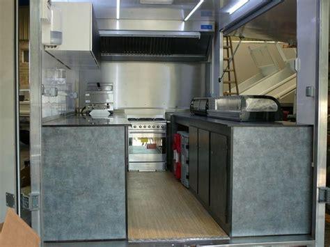 magasin professionnel cuisine meubles intérieur spécial camion magasin professionnel