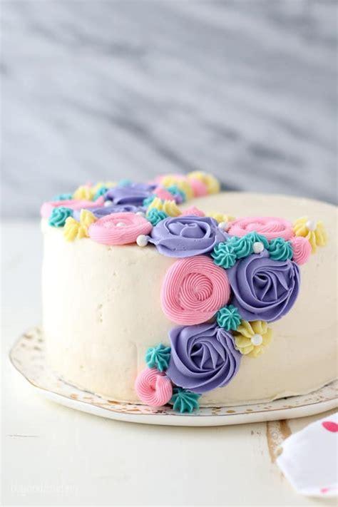 buttercream flower cake  frosting