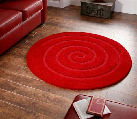 un tapis rond shaggy la touche de douceur et du confort