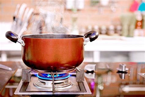 gas stove cookware kitchen cooking luxury pot pan stoves electric closeup many buying guide know