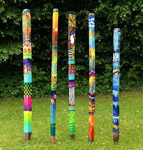 Wrap Wrap Moderner Kabelhalter Aus Holz by Bemalte Gartenstelen Acryl Auf Eichenstele Versiegelt