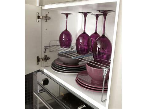 grand placard cuisine cuisine 12 astuces pour relooker facilement vos placards