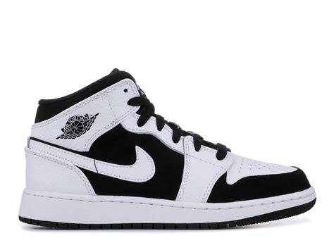 Air Jordan 1 Mid Gs White Black 554725 113 Sepstep