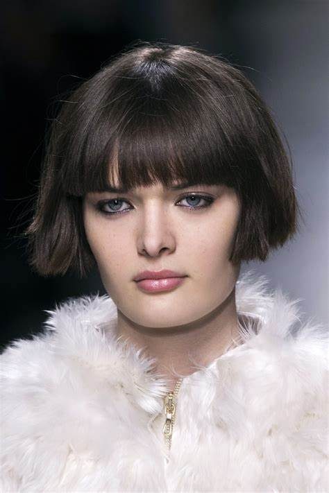 Classy Blunt Bob Hairstyles With Bangs Hairdrome com