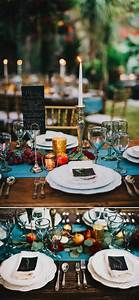 Round Reception Table What To Put On Your Farm Table To Make Your Wedding
