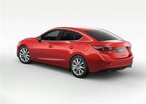 Mazda 3 Coffre : mazda 3 quatre portes un grand coffre gratuit l 39 argus ~ Medecine-chirurgie-esthetiques.com Avis de Voitures