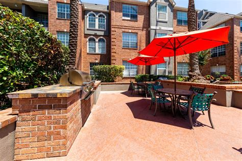 loop apartments houston marquis  pin oak residents
