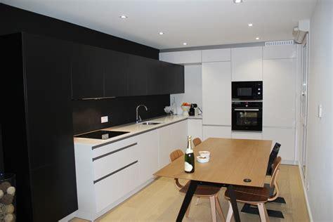 cuisine en noir et blanc decoration cuisine blanche et noir