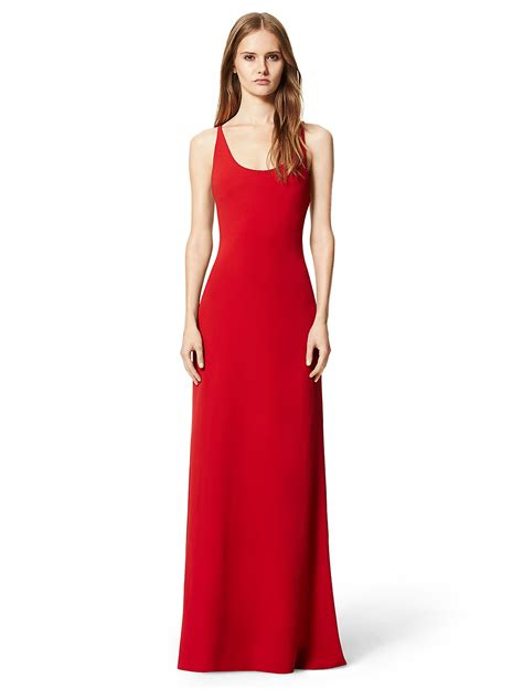 Red Dresses For Women Styles And How To Wear Them