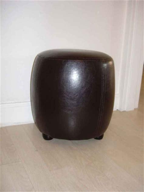 pouf chaise tabouret simili cuir rond marron wengu 233 pin destockage