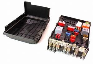 Engine Bay Fuse Relay Box 06-08 Vw Passat B6 3 6 Genuine