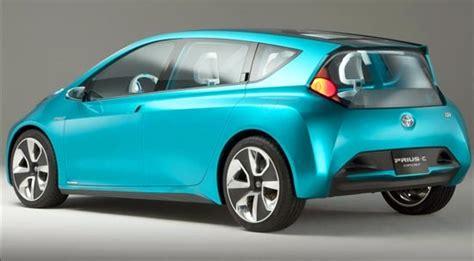 toyota prius  hybrid review  engine specs
