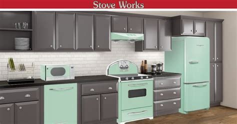 Mint green Elmira appliances give a unique look to your