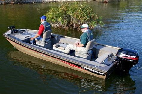 Spectrum 1700 Boat Review by New Boats For 2005 15 To 17 Foot Fishing Boats Boats