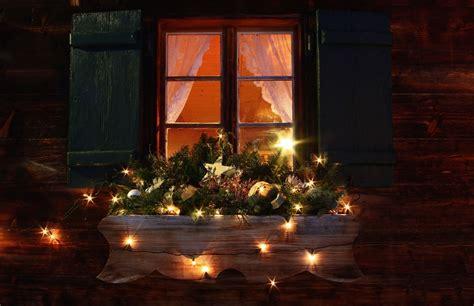 Weihnachtsdeko Für Den Gartentisch by Weihnachtsdeko Hauseingang Breitet Festliche Stimmung Aus