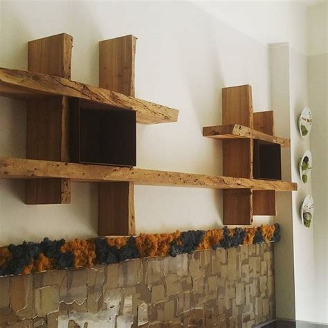 libreria legno grezzo perch 233 arredare con i mobili in legno grezzo