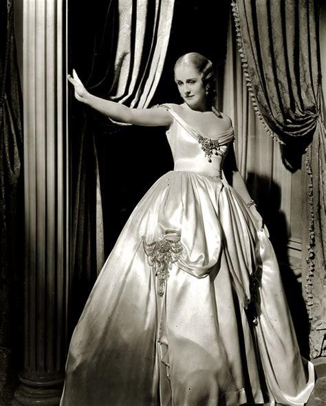 SMILIN' THROUGH - Norma Shearer