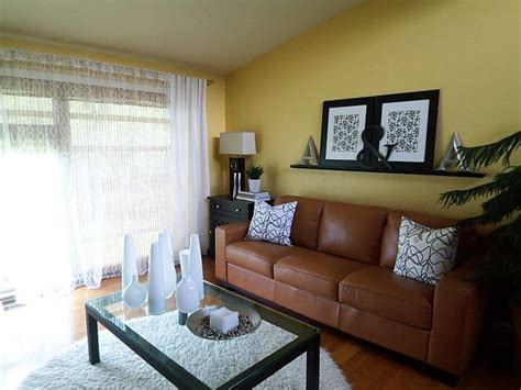 Decorating Ideas Yellow Walls Living Room by Yellow Living Room Design Ideas