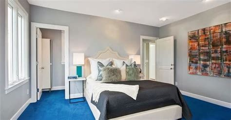 bedroom  gray whiles  bright blue carpet home