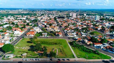 Mineiros/GO: uma cidade que abriga a maior área do Parque ...