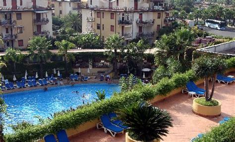 caesars palace giardini naxos hotel caesar palace sicily giardini naxos reviews