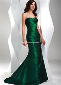 green bridesmaid dresses emerald green lace bridesmaid dresses dresses trend