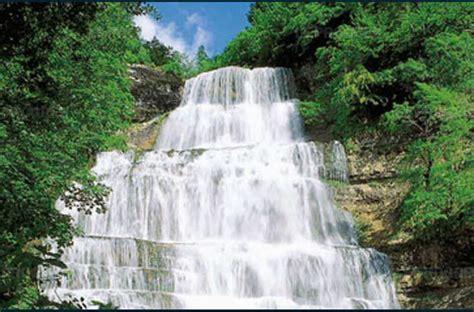 maison des cascades du herisson jura bonlieu de randonn 233 e aux cascades du h 233 risson