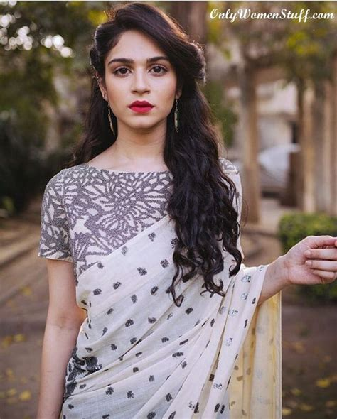 top  hairstyles  sarees pictures   types