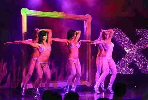 topless burlesque shows  vegas thrillist