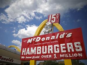 McDonald's is poised to rule fast food again - Business ...