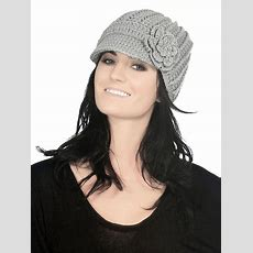 Women's Winter Warm Stretch Knit Visor Peak Beanie Hat