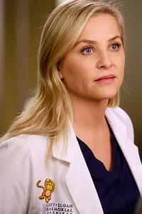 Jessica Capshaw Shares Grey's Anatomy Bloopers Before ...