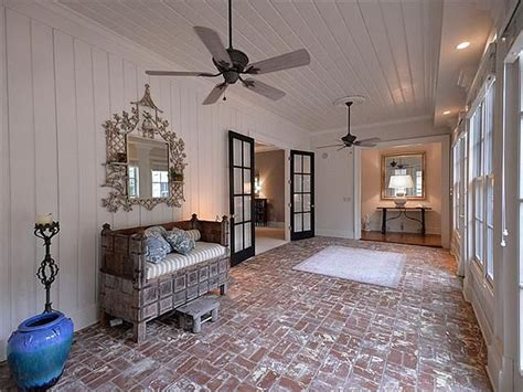 Southern Star Trisha Yearwood Selling Country House Near