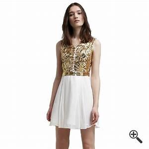Kleider Auf Rechnung Online Bestellen : wei es kleid kurz kleider g nstig online bestellen kaufen outfit tipps ~ Themetempest.com Abrechnung