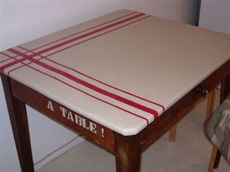 relooker table de cuisine table de cuisine finie photo de relooking de meubles ou