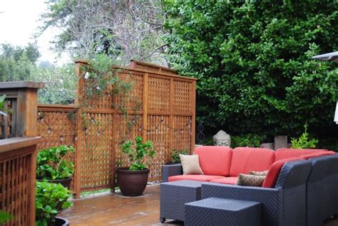 Backyard Privacy Screen by 21 Inspired Privacy Screens For Residential Neighborhoods