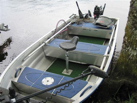 si鑒e pour barque de peche pêche en barque les équipements nécessaires maxipeche