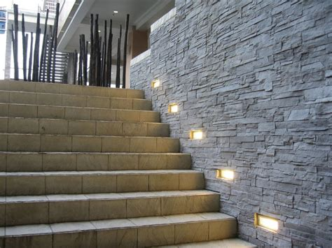 recessed exterior wall light 10967 1781413 pouted