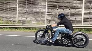Bobber Harley Davidson : harley davidson softail custom bobber youtube ~ Medecine-chirurgie-esthetiques.com Avis de Voitures
