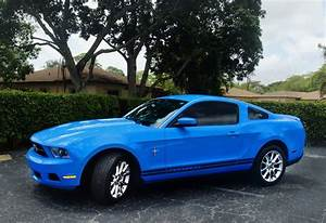 Nice Amazing 2010 Ford Mustang V6 Premium GRABBER BLUE PONY Coupe 2017/2018