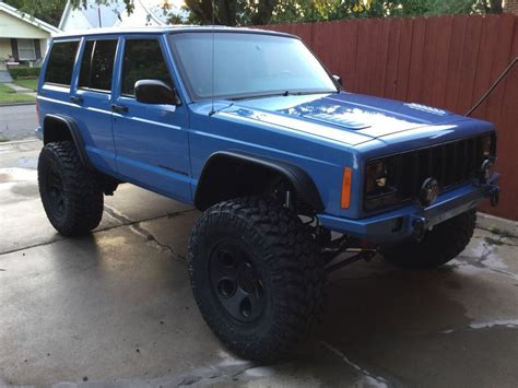 jeep xj lifted 5 5 quot lift 35 12 5r17 xj lift tire setup thread page