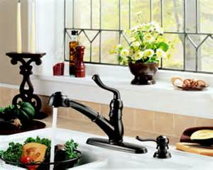 delta saxony kitchen faucet dirtcheapfaucets delta 473 rbsd saxony single handle kitchen pull out faucet with soap