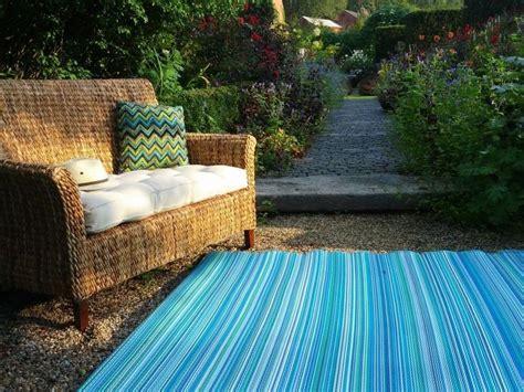 indoor outdoor rug turquoise moss green recycled plastic