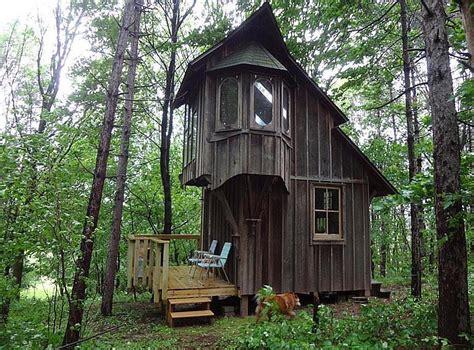 cabin in woods weekend road trip 4 placeaholic
