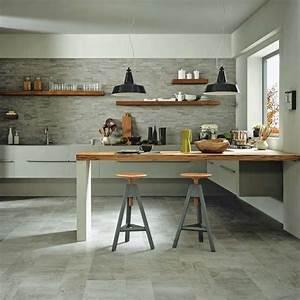 Piastrelle per pareti e pavimento cucina