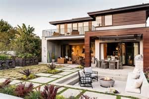 catalogo home interiors fachadas de casas con hermosos jardines apexwallpapers